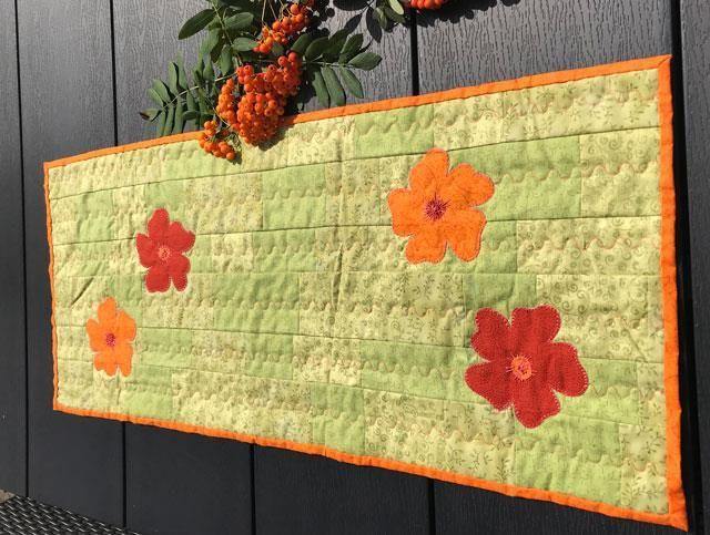 https://www.hannes-patchwork.dk/shop/loeber-med-blomster-8135p.html